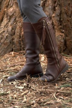 Picture of Spanish Riding Boots classic: Brown (flat sole) Flat Boots, High Boots, Dr Shoes, Brown Riding Boots, Horse Riding, Comfortable Boots, Brown Flats, Buckle Boots, Boots Online