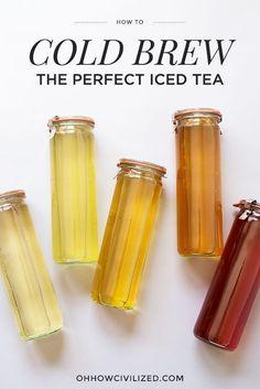 How to Easily Make the Best Iced Tea (Cold Brew It!) - How to Easily Make the Best Iced Tea (Cold Brew It!) Getränke Rezepte für Mama & Kinder Perfect Iced Tea Recipe (Cold brew it! Iced Tea Recipes, Coffee Recipes, Paleo Coffee, Cold Brew Coffee Recipe, Plat Vegan, Chamomile Tea, Oolong Tea, Brewing Tea, Tea Blends