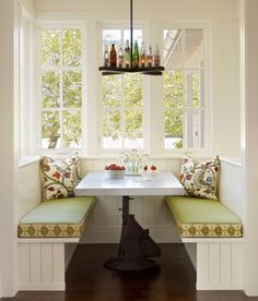 16 Modest Window Seat-Place To Read And To Storage Things