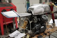 Today we share you a Cafe Racer story on a Honda GTS Cafe Racer by Sacha Lakic Cx500 Cafe Racer, Cafe Racer Motorcycle, Moto Bike, Scrambler, Custom Cafe Racer, Cafe Racer Build, Hummer, Street Motorcycles, Motorcycle Workshop