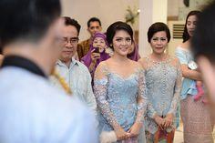 Engagement Photography, Photography Ideas, Prom Dresses, Formal Dresses, Kebaya, Dan, Cinderella, Groom, Bridesmaids