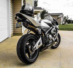 Honda Sport Bikes, Cbr 600, Motorcycles, Vehicles, Sportbikes, Hs Sports, Sport Motorcycles, Car, Motorbikes