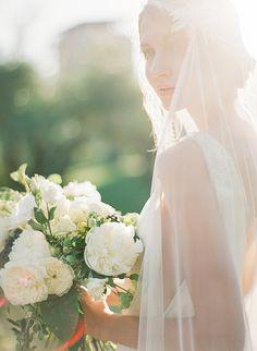 Luminous and ethereal bridal shoot