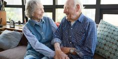 After 75 years of wedded bliss, Morrie and Betty Markoff know a thing or two about making a marriage last. The secret to their success? Older Couples, Couples In Love, Old Married Couple, Grow Old With Me, Good News Stories, Growing Old Together, Never Grow Old, The Best Is Yet To Come, Young At Heart
