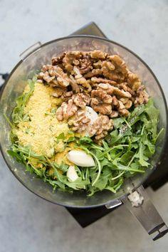 Arugula Pesto Pasta Meal Prep - Meal Prep on Fleek™ Vegetarian Meal Prep, Healthy Meal Prep, Vegetarian Recipes, Healthy Recipes, Healthy Options, Cooking Recipes, Pesto Pasta Recipes, Vegan Pasta, Veggie Recipes