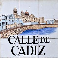 """Inicialmente llamada """"majerit""""  Actualmente se llama así por honor a la ciudad de Cádiz, en la que se reunió el Parlamento español durante la invasión francesa."""