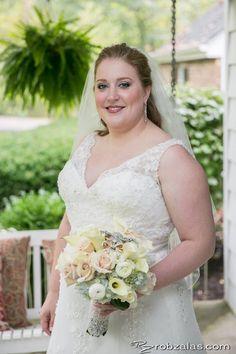 beautiful bouquet, beautiful bride