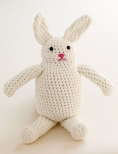 #Crochet an easy toy #Bunny, perfect for #Easter; free pattern from LionBrand.com