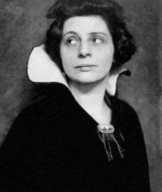 Portrait de Lou Albert-Lasard vers 1916 © Photo Hans Holdt