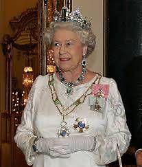 В Лондоне госпитализирован муж Елизаветы II принц Филипп http://actualnews.org/politika/v_mire/180267-v-londone-gospitalizirovan-muzh-elizavety-ii-princ-filipp.html  Появилась информация о госпитализации принца Филлипа, мужа Елизаветы II королевы Великобритании. Об этом пишут местные британские СМИ, ссылающиеся на заявление Букингемского дворца.