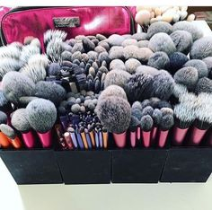 Make-up. New Make-up Brushes Storage Breakfast 19 Concepts The Consolation Seas Makeup Goals, Makeup Inspo, Makeup Inspiration, Makeup Tips, Beauty Makeup, Makeup Products, Makeup Geek, Clean Makeup, Makeup Trends