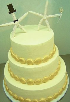 Buttercream with starfish topper by Kiss Me Cakes, Wellfleet