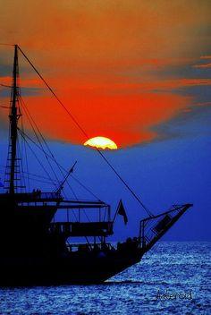 sunset sailing...