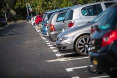 Orbán Viktor ma a járványhelyzetre hivatkozva bejelentette, hogy hétfőtől ingyenessé teszik a parkolást. Így csökkenteni lehet a tömegközlekedés zsúfoltságát.