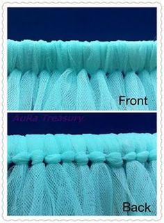 New sewing tutorials for baby diy tutu Ideas Tutu En Tulle, Diy Tutu Skirt, Tulle Skirts, Tutu Dresses, Tool Skirt Diy, Tulle Poms, Dress Skirt, Tutu Skirt Women Diy, Adult Tulle Skirt Diy