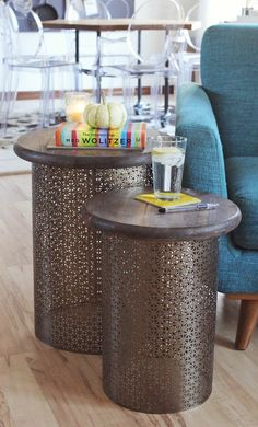 DIY Brass Side Tables - A BEAUTIFUL MESS : I AM SO IN LOVE WITH THIS IDEA!!!!! totally doing this or something similar in our apt | homedecoriez.comhomedecoriez.com