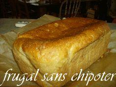 Ce pain fait parti des 8 merveilles du monde .....ont dirait vraiment du vrai pain pas le style de pain granuleux que je suis habituer ..il reste frais longtemps ( mettons que je le bouffe assez rapidement) moi je le conserve sur le comptoir ....en plus...