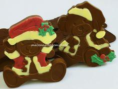 Moule en silicone 8 ours de Noël.(Ours en peluche de Noël)   (à utiliser avec le chocolat, bonbons, biscuits, gâteaux, savons, Fimo, pâte polymère, résine).   Pour acheter cliquez sur le lien eBay boutique.
