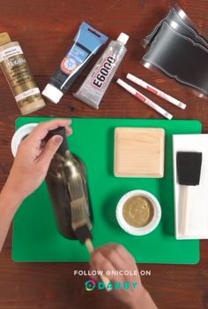 53 Ideas wedding diy videos simple wine bottles for 2019 Diy Bottle, Wine Bottle Crafts, Bottle Art, Bottles And Jars, Glass Bottles, Diy Videos, Craft Videos, Diy Wine Glasses, Wedding Wine Bottles