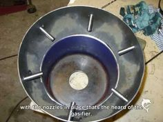 "Step by Step: Build an ""tar-free"" Gasifier (Downdraft) I Wood Gasifier, Barrel Stove, Home Tech, Rocket Stoves, Power Energy, Solar Power System, Alternative Energy, Diy Wood Projects, Cooking Stove"