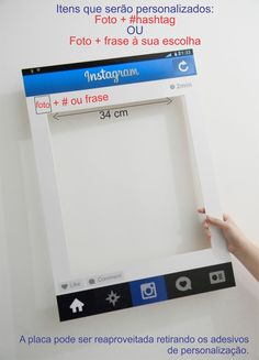 Placa Instagram personalizada para os convidados se divertirem no seu evento! <br>Nossa placa Instagram é bem leve e firme, produzida no melhor material para esse produto. <br> <br>São personalizados: <br>1- foto + #hashtag ou frase/nome à sua escolha. <br> <br>A personalização é feita em adesivo, o qual pode ser removido após seu evento, tornando a placa reaproveitável! <br> <br>O prazo de produção começa a ser contado após a aprovação do pagamento e o envio de todos os dados de…