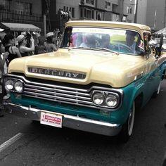 Medellín Clasic Cars Parade 21