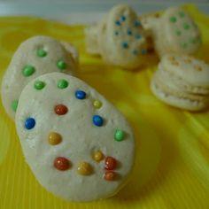 Pâtisserie Nadine: Easter Egg Macarons for #PamK