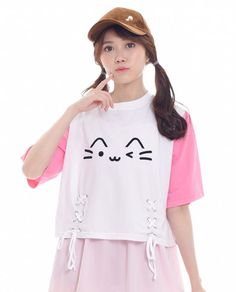 76d348d2b6602 Kawaii cat crop top white t-shirt with colorblocked sleeve in pink.