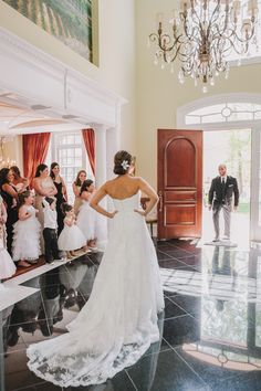 Photography: Maria Vicencio Photography - www.mariavicencio.com/  Read More: http://www.stylemepretty.com/2014/08/07/formal-and-fun-ballroom-wedding-at-westin-annapolis/