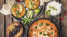 Neodkládejte zdravé stravování až na nový rok, začít přece můžete kdykoli! Speciálně před Vánoci se vyplatí ušetřit pár kalorií, ale i korun – a s našimi recepty na luštěniny bude obojí hračka! Raw Vegan, Paella, Curry, Brunch, Vegetarian, Cooking, Breakfast, Ethnic Recipes, Food