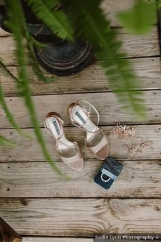 Wedding shoes ideas - gold, sandals, heels, rustic, open toe, summer {Sadie Lynn Photography}