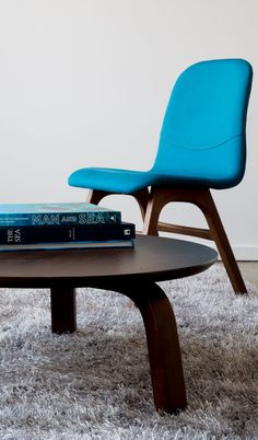 Liven up your space with this heartwarming and spunky blue Ava dining chair.