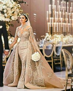 Arabic luxury Mermaid Wedding with Train Arabische Luxus-Meerjungfrau-Hochzeit mit Zug Beautiful Wedding Gowns, Dream Wedding Dresses, Bridal Dresses, Beautiful Dresses, Bridesmaid Dresses, Beautiful Bride, Muslim Wedding Dresses, Wedding Attire, Gown Wedding