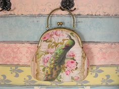 Vintage evening clutch purse with peacock, kiss lock purse, metal frame purse, purse with handle