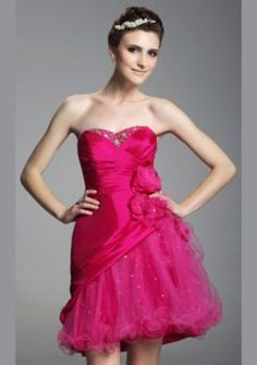 une ligne sweetheart court / mini robes de bal de courtes