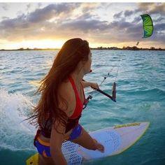 Der Sommer ist noch lange nicht vorbei, also bleibt noch genug Zeit um sich perfekt auszurüsten!  Auf Surfer-world.com warten zahlreiche Angebote von den führenden Marken wie Nais und Cabrinha auf dich - schau vorbei!  https://surfer-world.com/watersport/kitesurfen  #summer #sea #water #waves #wind #kitesurfing #naish #naishkites #surferworld