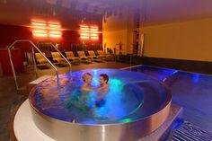 Im Hotel Winzer wird Romantik groß geschrieben: Die Kuschelzimmer und Kuschelsuiten bieten Raum für Träume und Liebe.  http://www.hotel-winzer.at/romantikurlaub.de.htm