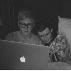 "Aweee!! Zoe tweeted to them "" troyler reenacting zalfie before we were cannon!"" Ahhhhhh!!!! #troyler"