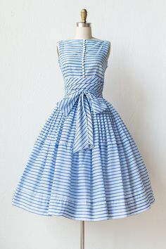 ~1950s blue striped bow day dress~