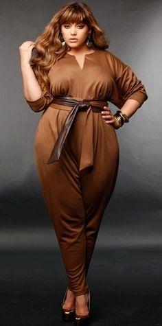 Monif C brown plus size jumpsuit Christmas Holiday Style Plus Size Jumpsuit, Plus Size Romper, Plus Size Dresses, Plus Size Outfits, Curvy Girl Fashion, Look Fashion, Plus Size Fashion, Womens Fashion, Curvy Plus Size