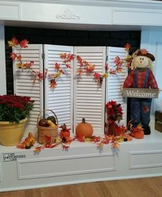 Fun and Easy Fireplace Screen How To Make A Shutter DIY Fireplace Screen. out of some old bi-folding doors. Don't have shutters? no problem! Bi-folding doors work great for shutter projects . This image ha Mirror Above Fireplace, Fireplace Cover, Decorative Fireplace Screens, Farmhouse Fireplace, Fireplace Mantels, Fall Fireplace, Fireplace Ideas, Fireplace Outdoor, Fireplace Decorations