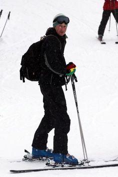 Prince Harry skiing in Verbier with girlfriend Cressida Bonas - hellomagazine.com