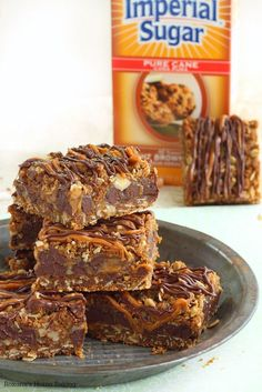 Carmelitas - caramel chocolate oatmeal bars recipe
