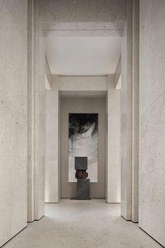 Офис продаж недвижимости в Китае Interior Design Shows, Decor Interior Design, Interior Decorating, Interior Concept, Lobby Reception, Reception Design, Hotel Corridor, Sales Center, Vestibule