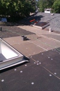 Flat Roof Replacement - Roof board mechanically fastened with screws and plates. Flat Roof Replacement, Roof Boards, Roof Repair, Plates, Ideas, Licence Plates, Dishes, Plate, Dish