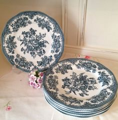 Vintage Wedgwood ironstone  china side plate with the cottage rose pattern. Manufactured for Ringtons tea merchants in the 1980's