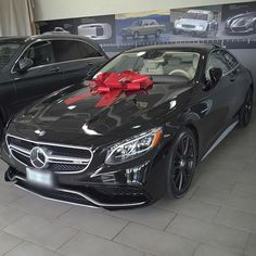 More happiness in receiving then giving in this case.  #s63 #coupe #gift #surprise #giving #receiving #mercedes #mercedesbenz #mercedesbenzcanada #mbusa  #toronto #canada #ontario #luxurycars #dreamcars #mbcars #drivingperformance #AMG #beautiful #mercedesamg #mbfanphoto #oakville  #amgaddict #carsofinstagram #luxury #instacar #germancar #thebestornothing #amazingcars247 #carswithoutlimits