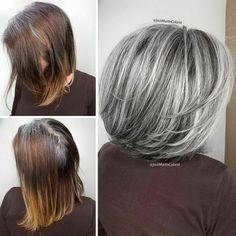 Instead Of Covering Grey Roots, This Hair Colorist Makes Clients Embrace It (30 New Pics) Grey Hair Transformation, Long Gray Hair, Grey Hair Bob, Grey Bob, Grey Hair Inspiration, Natural Hair Styles, Short Hair Styles, Gray Hair Highlights, Fashion Bubbles