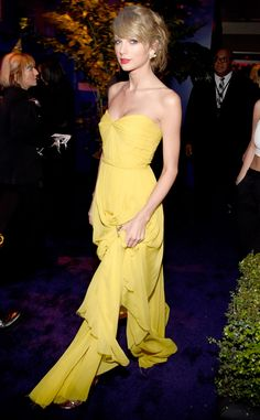 Taylor Swift from 2015 Golden Globes After-Party Looks  Goddess alert! The 25-year-old looks divine in a canary yellow Jenny Packham number with Lorraine Schwartz jewelry.