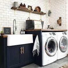 7 Small Laundry Room Design Ideas - Des Home Design Laundry Room Remodel, Laundry Room Cabinets, Laundry Room Organization, Laundry Room Design, Navy Cabinets, Laundry Room Countertop, Kitchen Sink, Farmhouse Laundry Room, Modern Laundry Rooms
